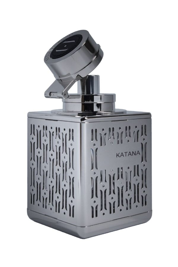 Atelier Flou Katana